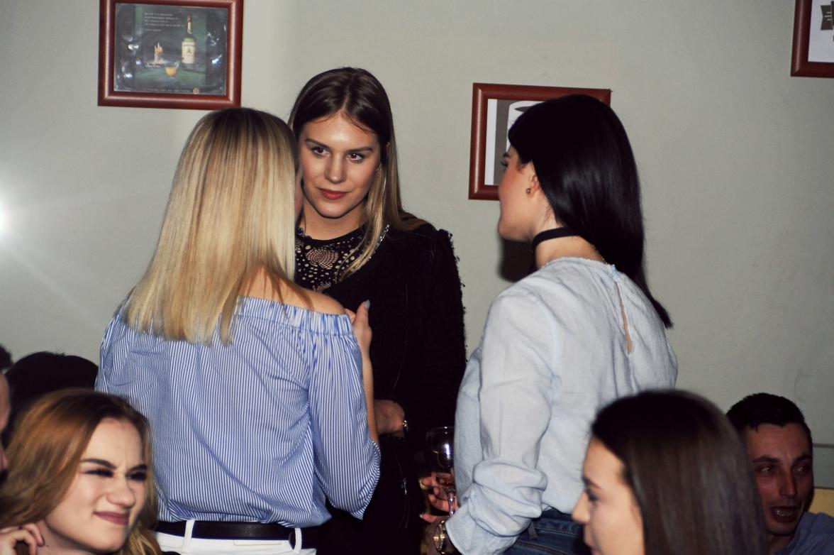 Djevojke su upijale korisne savjete aktualne missice Marinele!